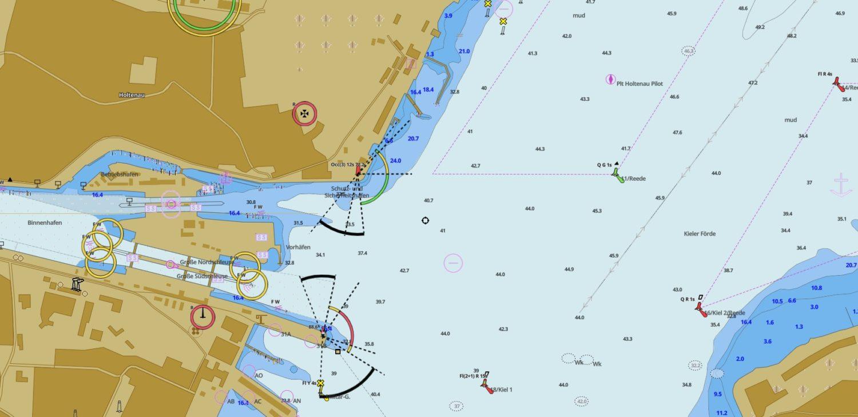 Карта подходов к шлюзу Хольтенау с моря